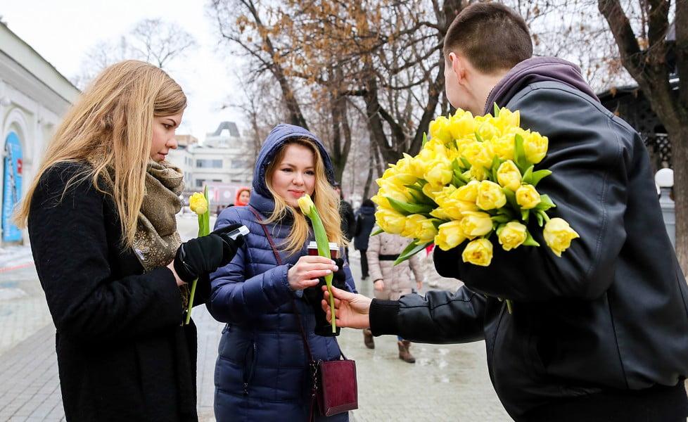 8-marta-prazdnichnye-vyhodnye-dni